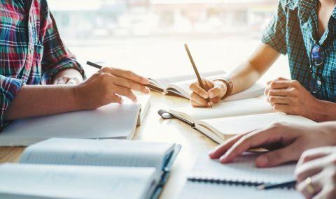 Великобритания удължи срока за кандидатстване в университети до 29 януари