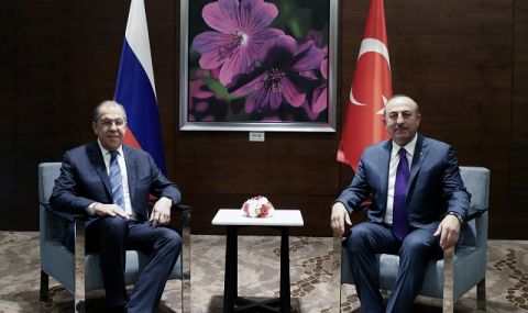 Чавушоглу: Диалогът между Анкара и Москва дава добри резултати!