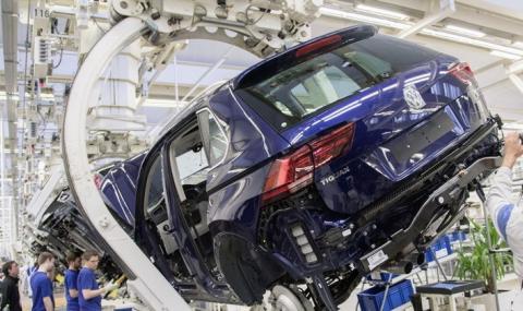 """Volkswagen предупреди за ефекта на """"жълтите жилетки"""" в автомобилната индустрия"""