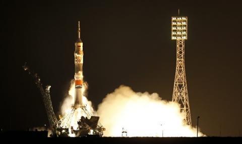 Русия изпраща космически туристи