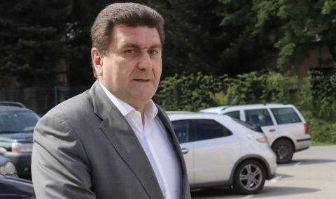 Валентин Златев поема управлението на футболния Левски?