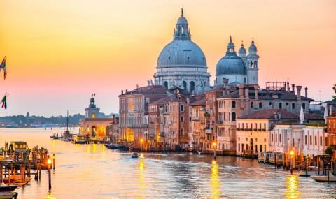 Тази година Венеция е неповторима