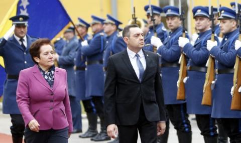 Пълна готовност за затваряне на границата на Сърбия