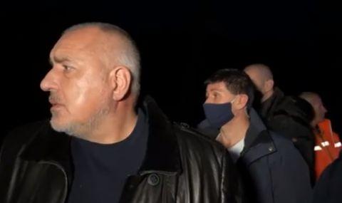 Премиерът обвини комунистите за пропаднал път (ВИДЕО)