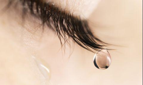 Момиче плаче с камъчета, вместо със сълзи (ВИДЕО) - 1