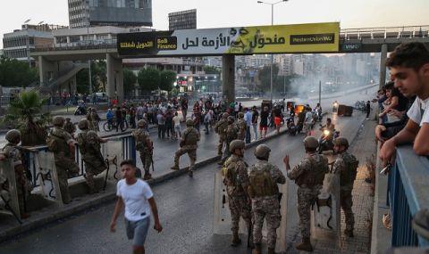Кървави сблъсъци разтресоха Бейрут (ВИДЕО) - 1