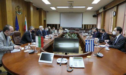 МВР-шефът посрещна гръцкия министър на миграцията и убежището - 1