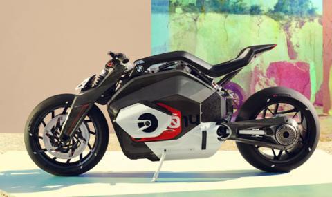 BMW минава на ток и при мотоциклетите