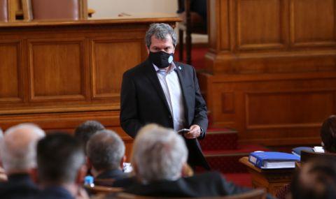 Тошко Йорданов се извини на Росица Кирова