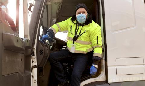Източноевропейските шофьори на камиони: срамна експлоатация насред ЕС