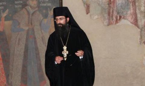 Архимандрит Симон вече официално е игумен на Бачковския манастир