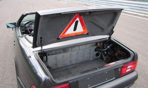 Продава се Mercedes SL с двигател от Toyota и седалки от Ferrari - 8