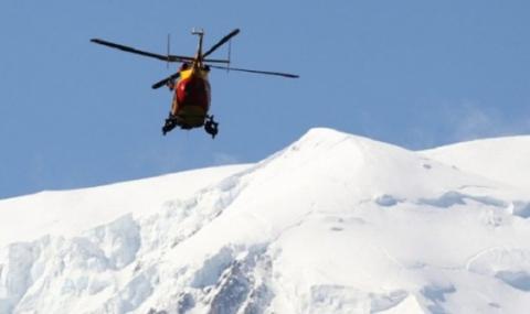 Четирима алпинисти загинаха във Френските Алпи
