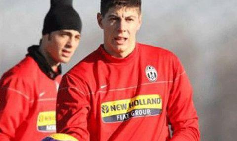 Играл в Ювентус стана помощник на Кокала в Трета лига - 1