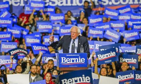 Бърни Сандърс - човекът, който може да победи Тръмп?