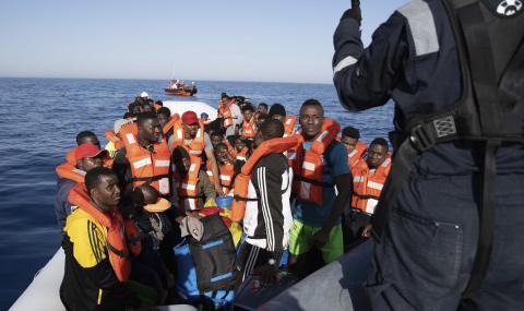 От началото на годината над 6000 мигранти са акостирали в Италия
