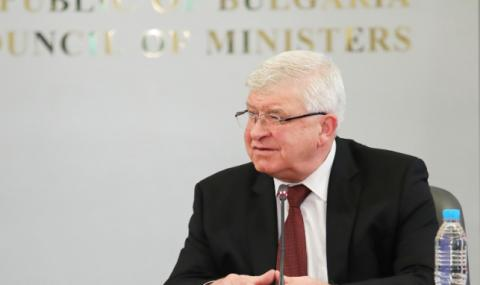 Кирил Ананиев: Постигнахме съгласие с личните лекари за имунизациите