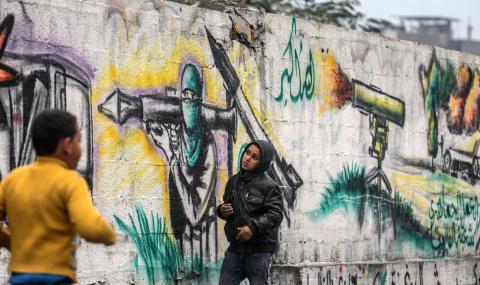 Бетонна стена на границата с Газа