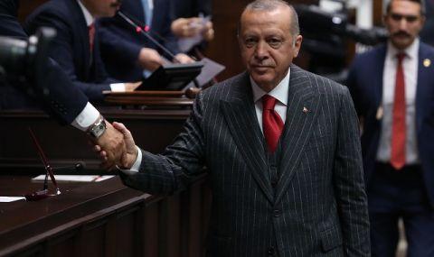 По-строги COVID мерки в Турция