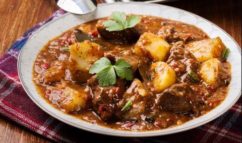 Рецепта за вечеря: Яхния със свинско по бабина рецепта