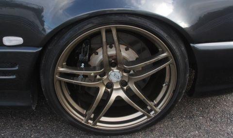Продава се Mercedes SL с двигател от Toyota и седалки от Ferrari - 5