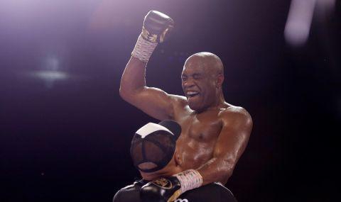 Легенда в бокса сътвори свиреп нокаут на 46 (ВИДЕО) - 1