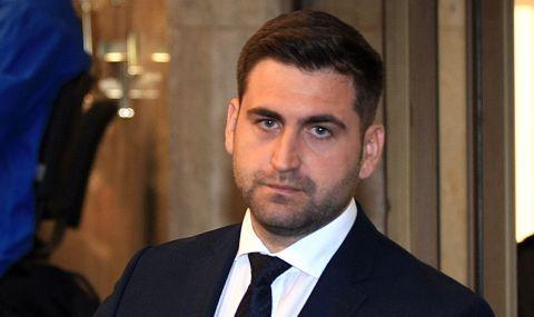 Новаков става ЕНП докладчик за отпускане на помощ за съкратени пилоти