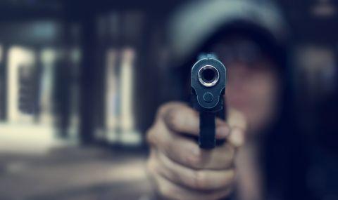 Ученичка стреля в училище в САЩ