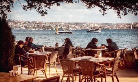 Турция: Задължителна ваксинация, за да влезеш във фитнес, ресторант и кино? - 1