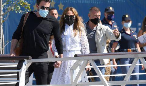 Дженифър Лопес и Бен Афлек пристигнаха във Венеция за кинофестивала  - 2
