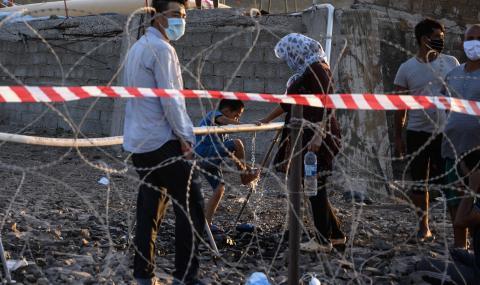 Първи случай на починал от коронавирус мигрант в Гърция
