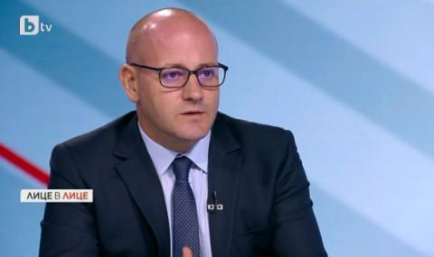 Радан Кънев: Да кажеш, че резолюцията на ЕП е предателство, е все едно диагнозата да е причина за болестта