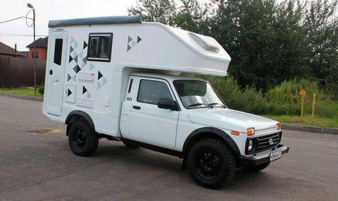 Бихте ли се разделили с 18 хиляди евро за тази Lada Niva кемпер?