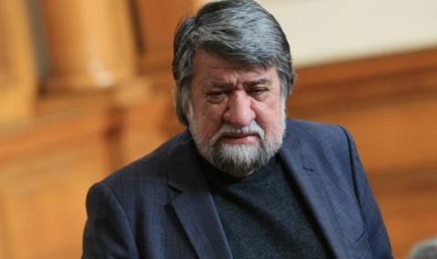 Вежди Рашидов: Липсата на Цветан Цветанов в парламента се усеща
