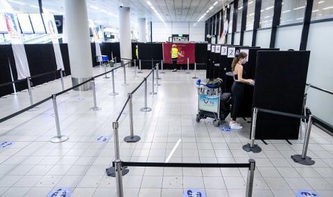 Сплашване, протакане, обезсърчаване – тактиката на авиокомпаниите при анулирани полети