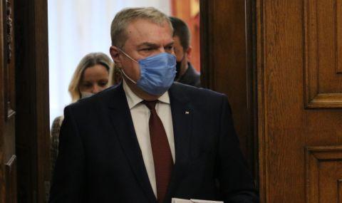 Румен Петков: Министърът на околната среда трябва тутакси да изхвърчи!