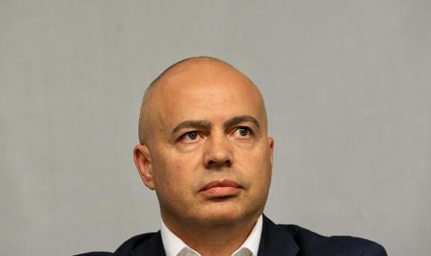 Свиленски, БСП: Да вози министри ли е работата на Борисов?