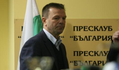 Стойчо Младенов се завръща в България?