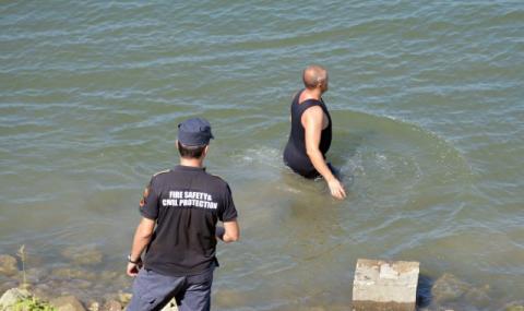 Откриха удавен падналия в Огоста мъж