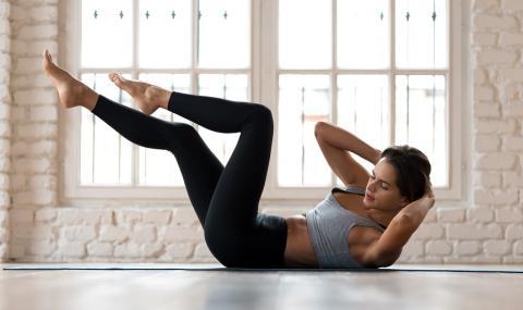 5-минутна тренировка за стегнат корем и тънка талия
