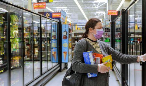 Жители на Тексас разграбиха стоките от първа необходимост в супермаркетите - 1