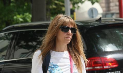 Уволниха протестиращата медсестра Мая Илиева и от Белодробната болница