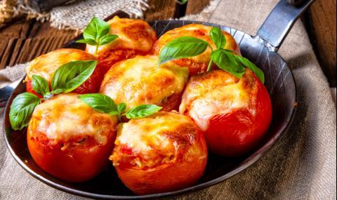 Рецепта на деня: Печени домати с гъби и моцарела