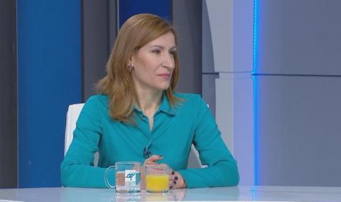 Министър Ангелкова предлага отпадане на повторната категоризация на обекти