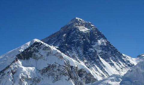 Трима загинали на Еверест