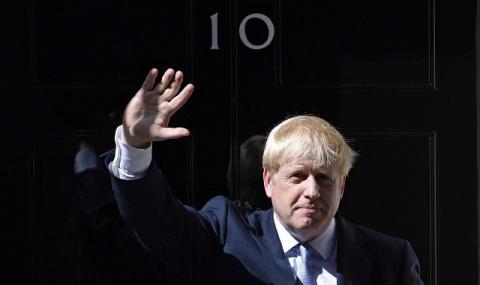 Борис Джонсън - безсилен пред коронавируса