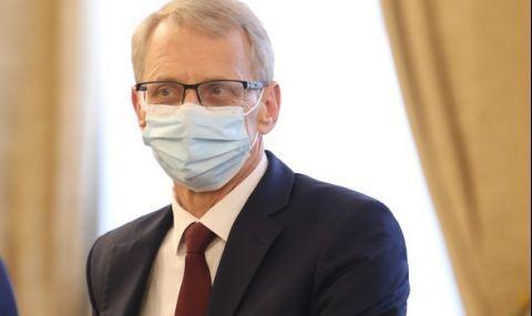 Николай Денков: Ваксинирани са над 30% от учителите - 1