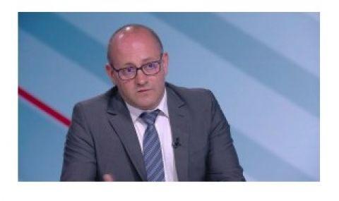 Радан Кънев към ЕНП: Не ни занимавайте с призиви за коалиция между ДБ и ГЕРБ