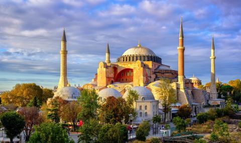 """Турците няма да посмеят да превърнат """"Света София"""" в джамия, всичко е игра"""