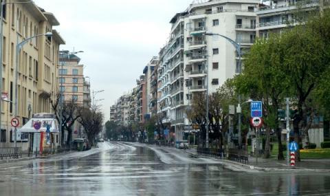 Гърция отваря малките магазини